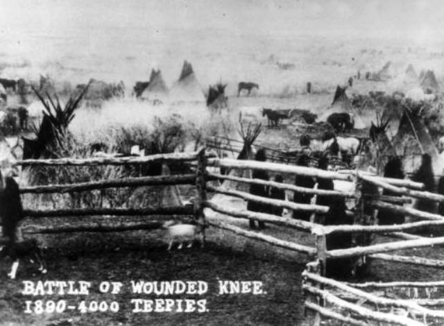 a history of the battle on the wounded knee creek The battle of wounded knee (wounded knee massacre) was fought in december 1890, as part of the sioux wars the 7th cavalry regiment arrived to disarm the lakota, which led to a struggle, in which a shot was fired the.