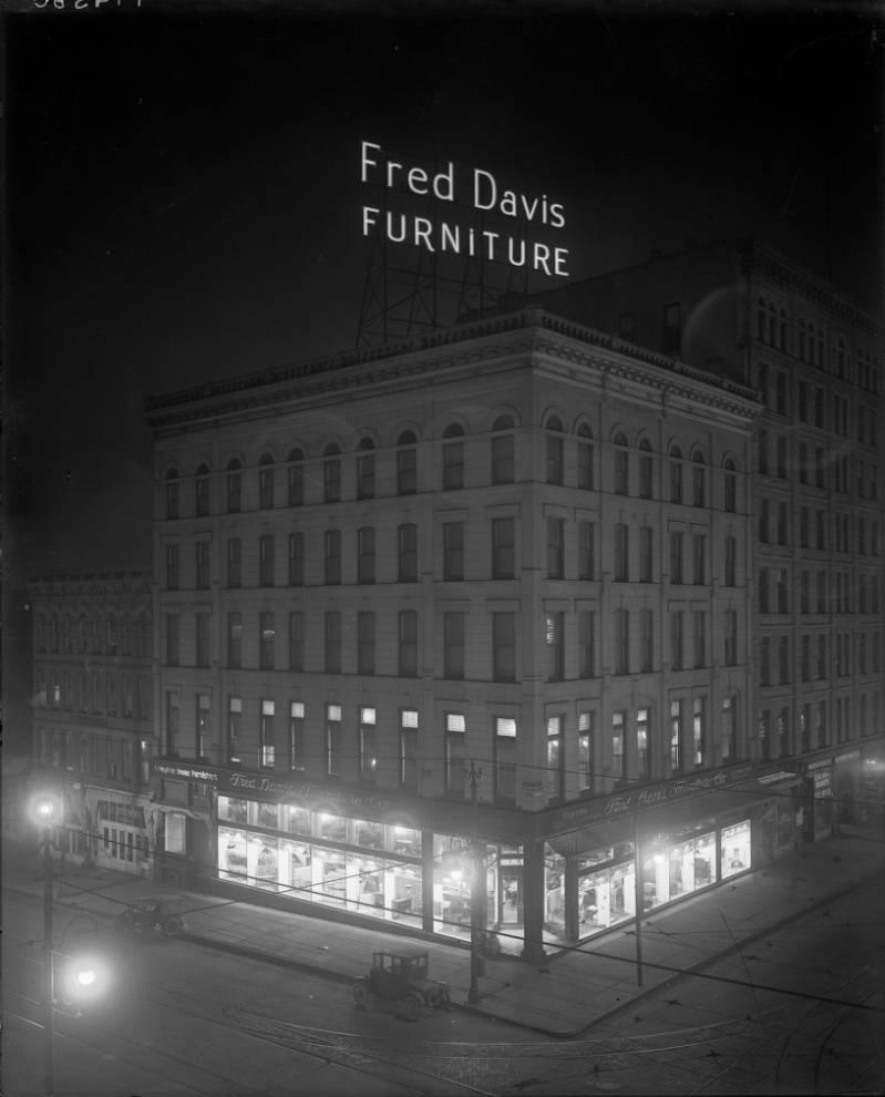 Davis & Shaw Furniture Company: Denver's 20th Century